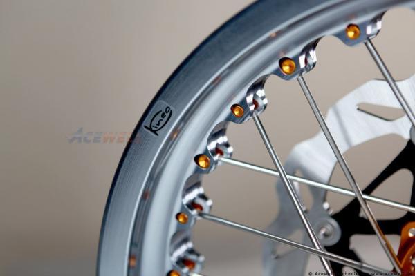 Ducati GT & Sport 1000 Kineo Wheels Maxi 17