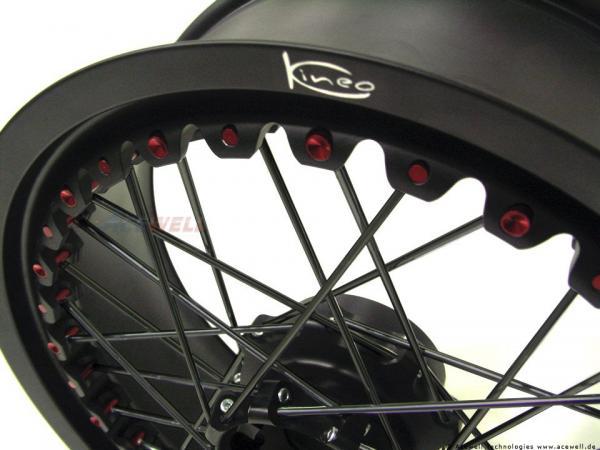 Moto Guzzi Griso 1200 8V Kineo Wheels Maxi 17