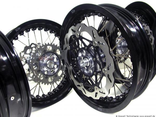 Kawasaki ZRX1100 Kineo Wheels Maxi 17