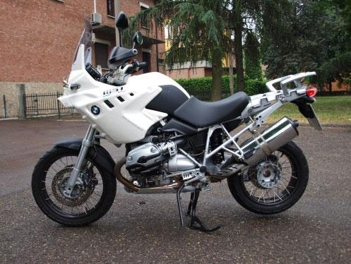 Akhenaton BMW R 1200 GS 2008-2011 in Alpine Weiß
